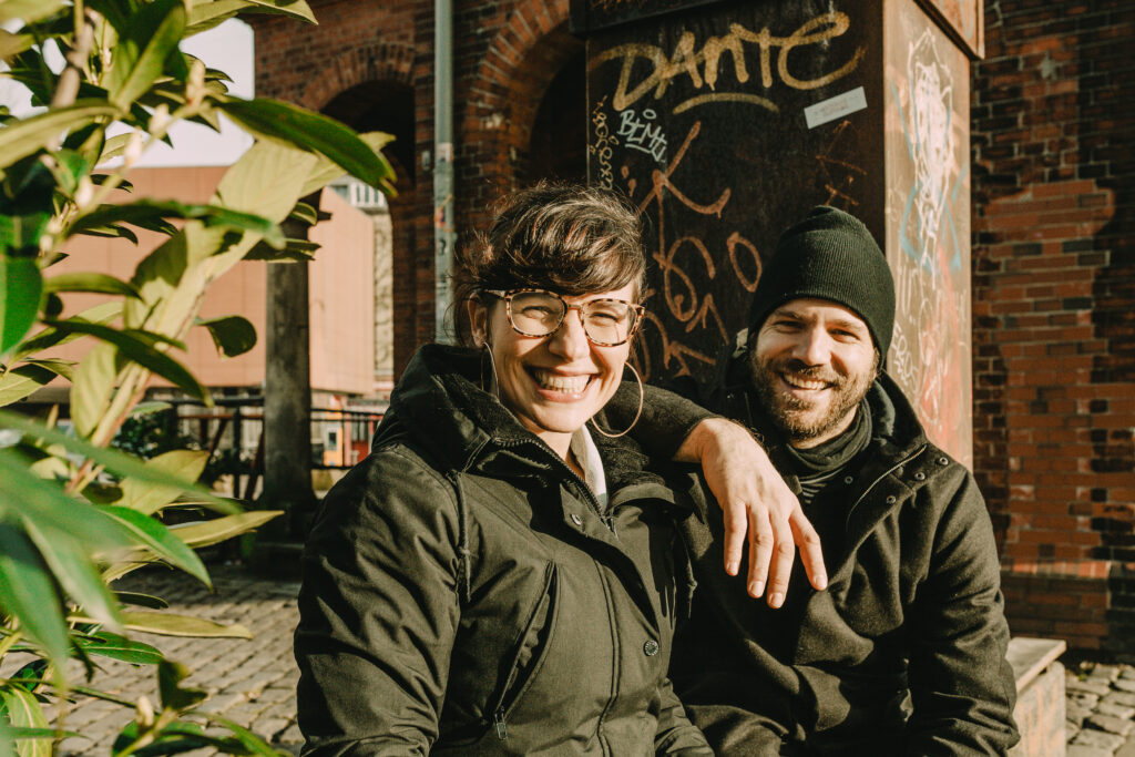Claudia und Benny Adrion, Initiator von Viva con Agua